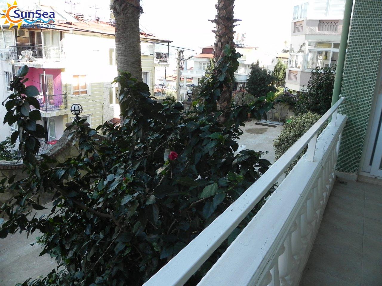 Green catle residence alnaya balcony