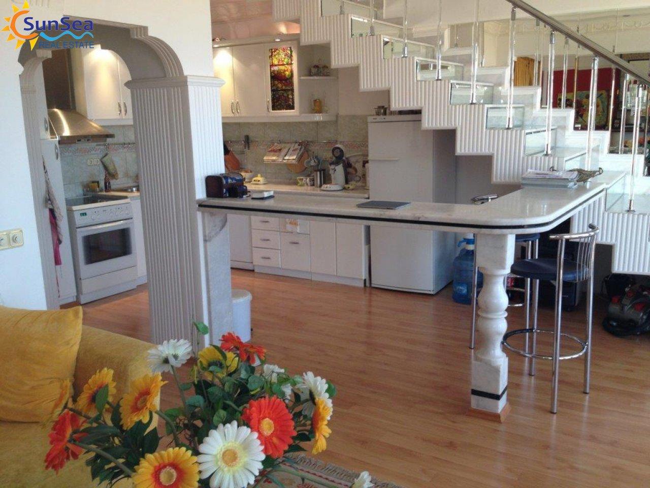 kale manzara kitchen