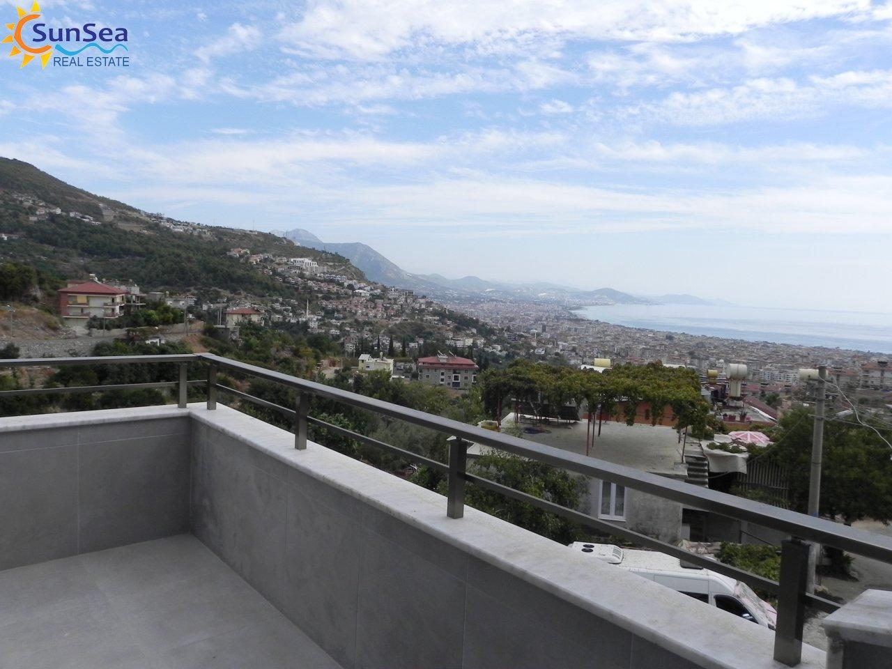 Kerem apart balcony