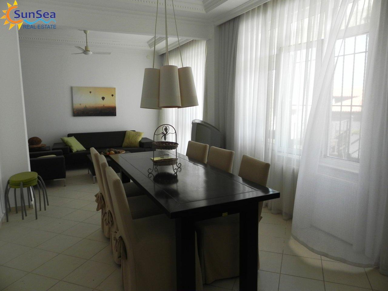 Alanya Harbour Apartment livingroom