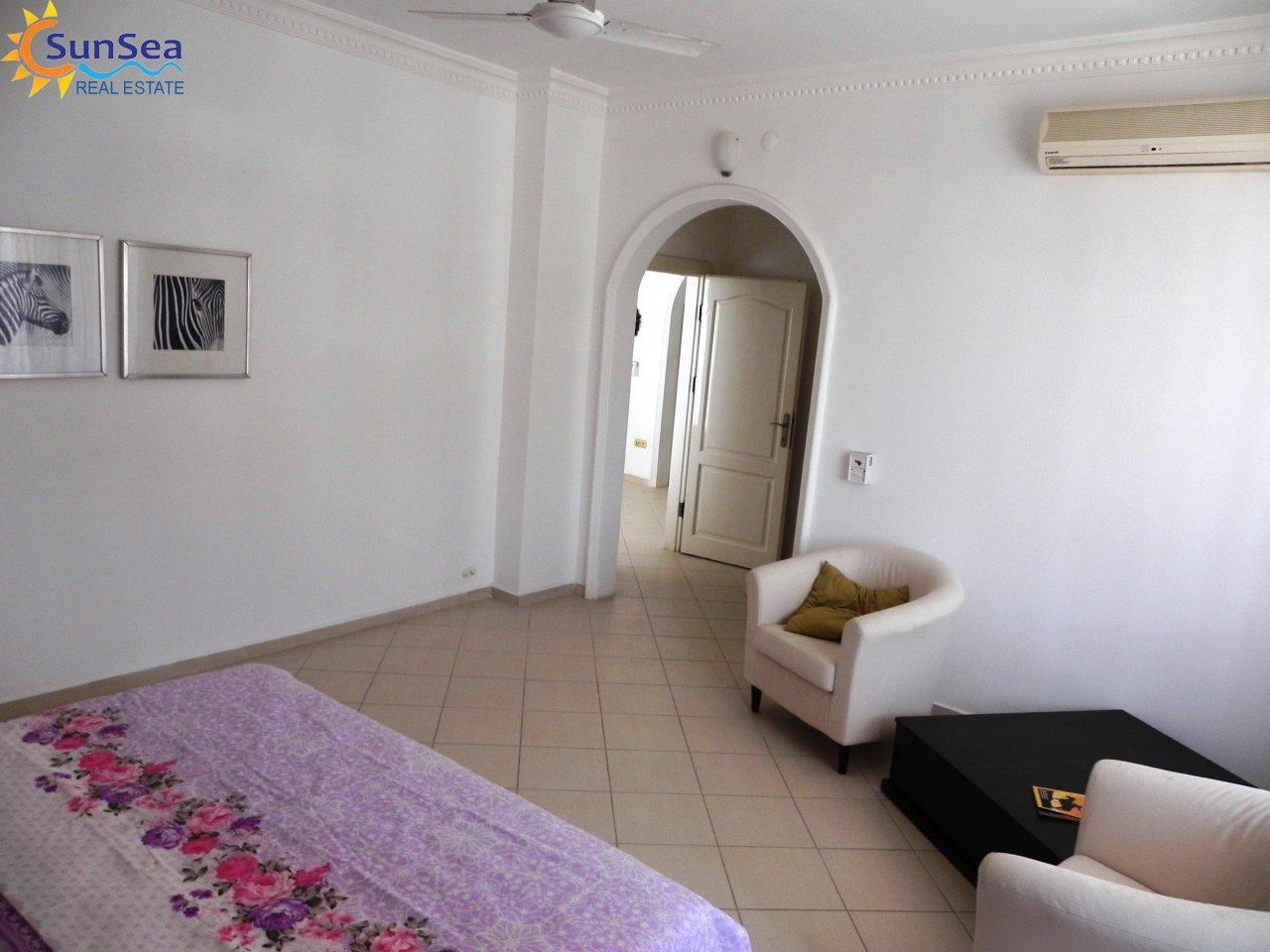 Alanya Harbour Apartment bedroom