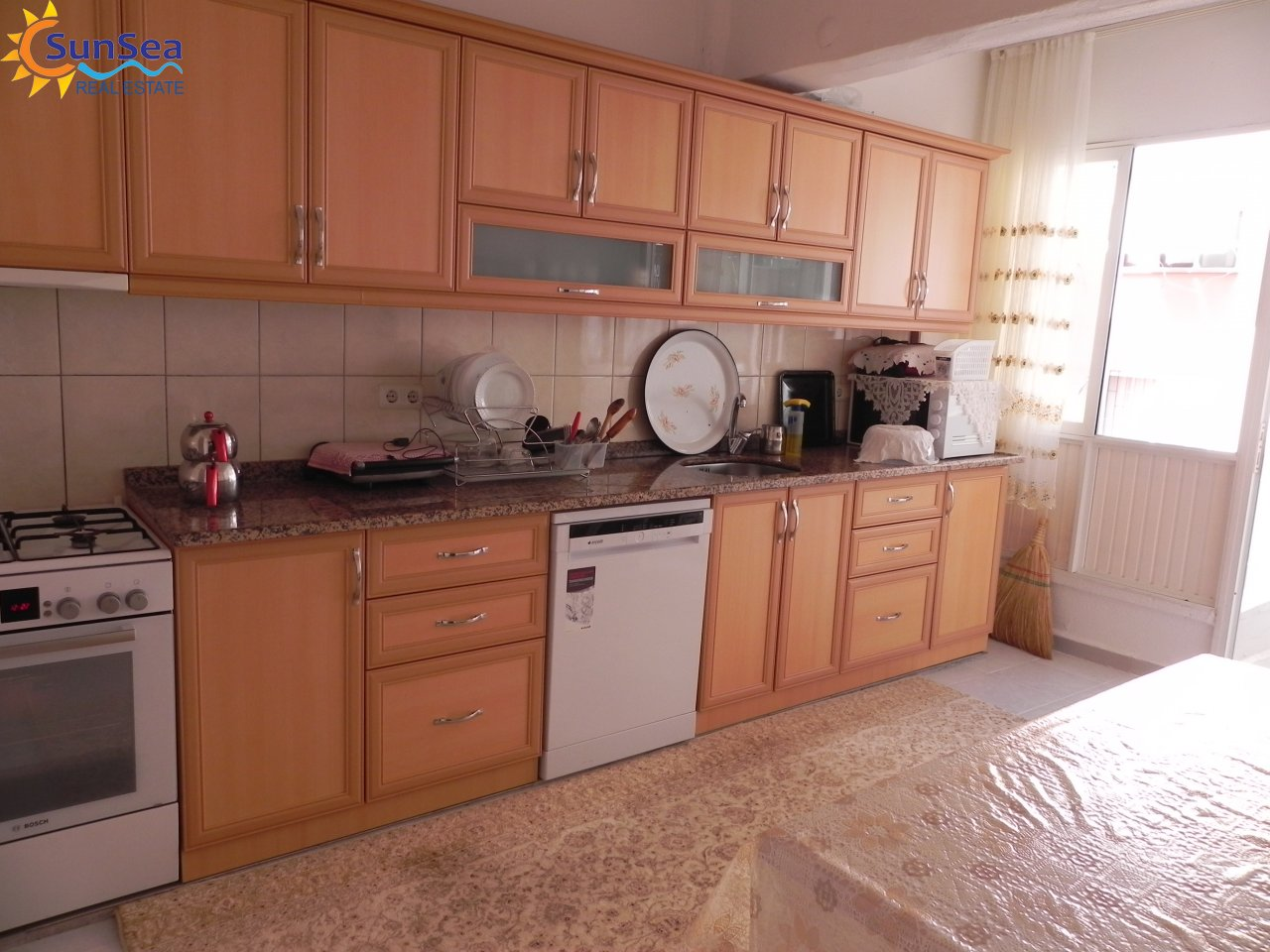 Onur apartment damlataş kitchen
